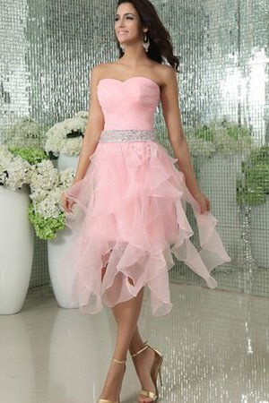 Robe de cocktail distinguee bref nature avec perle en organza